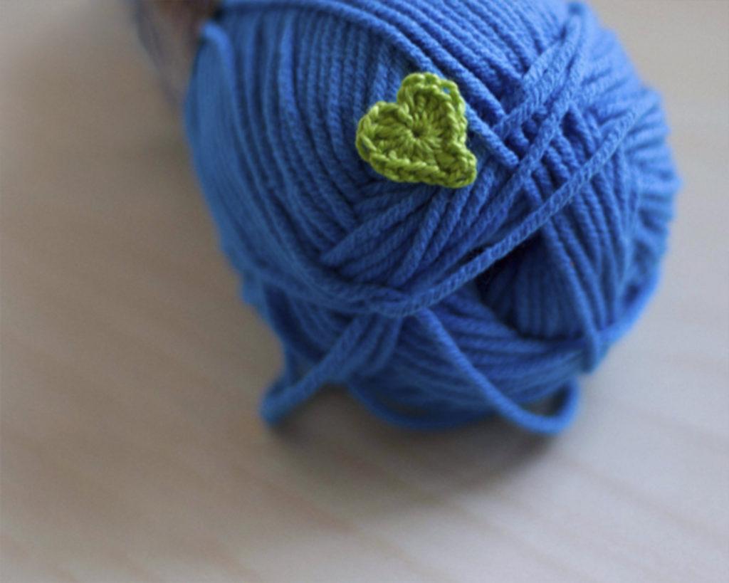 Tiny heart crochet applique for beginners
